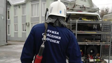 Воронежец выжил после падения в шахту лифта