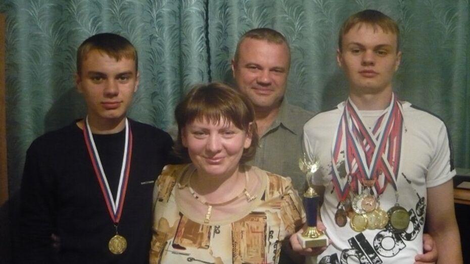 20-летний незрячий спортсмен из Петропавловского района стал призером Всероссийских соревнований по легкой атлетике