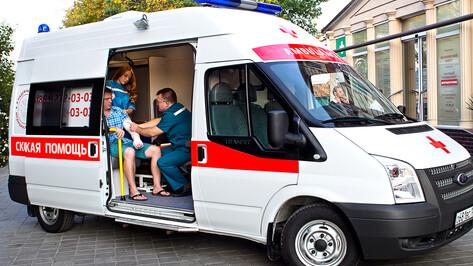 В Бобровском районе на один вызов выезжают сразу две «скорые»