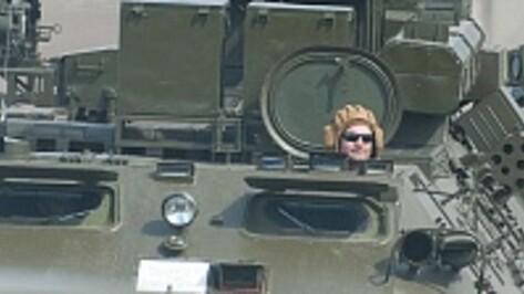 Воронежские военные вышли на старт танкового биатлона в Подмосковье