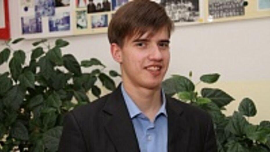 Богучарец Евгений Трофимов завтра пронесет Олимпийский факел по парку «Алые паруса» в Воронеже