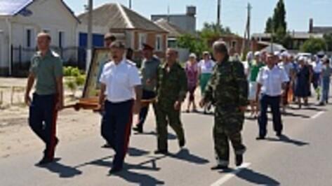 Богучарцы приняли участие в первом Ильинском казачьем крестном ходе