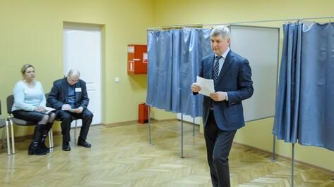 Врио губернатора Воронежской области проголосовал на президентских выборах