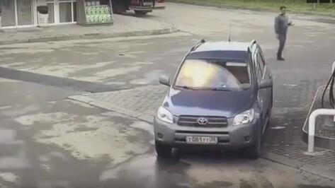 Воронежцы рассказали в соцсети о взорвавшемся в руках девушки телефоне