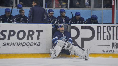 Перед плей-офф у воронежского «Бурана» остался один вратарь – Денис Черепанов