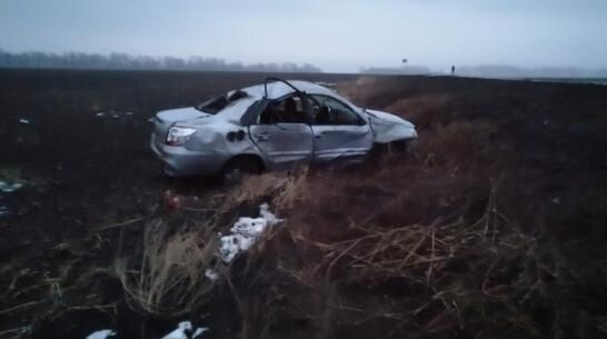 В Воронежской области иномарка съехала в кювет и перевернулась: погиб подросток