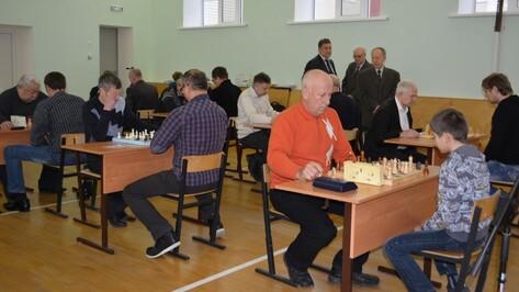 В нижнедевицком селе прошел областной шахматный турнир
