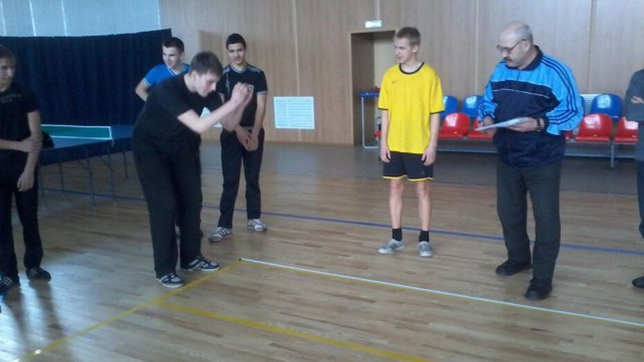 Школьники Репьевского района впервые сдали нормы ГТО