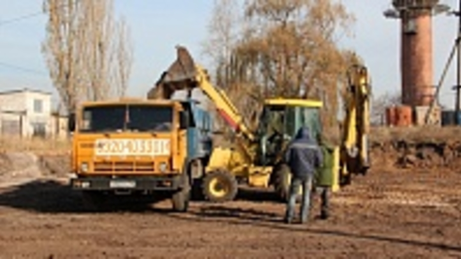 В Новой Усмани началось строительство катка