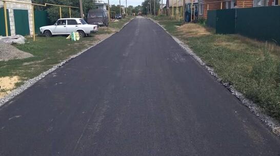 В Почепском поселении Лискинского района заасфальтировали 3 улицы