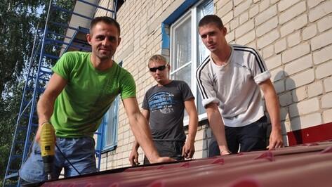 В Репьевке в рамках областной целевой программы ремонтируют три многоквартирных дома