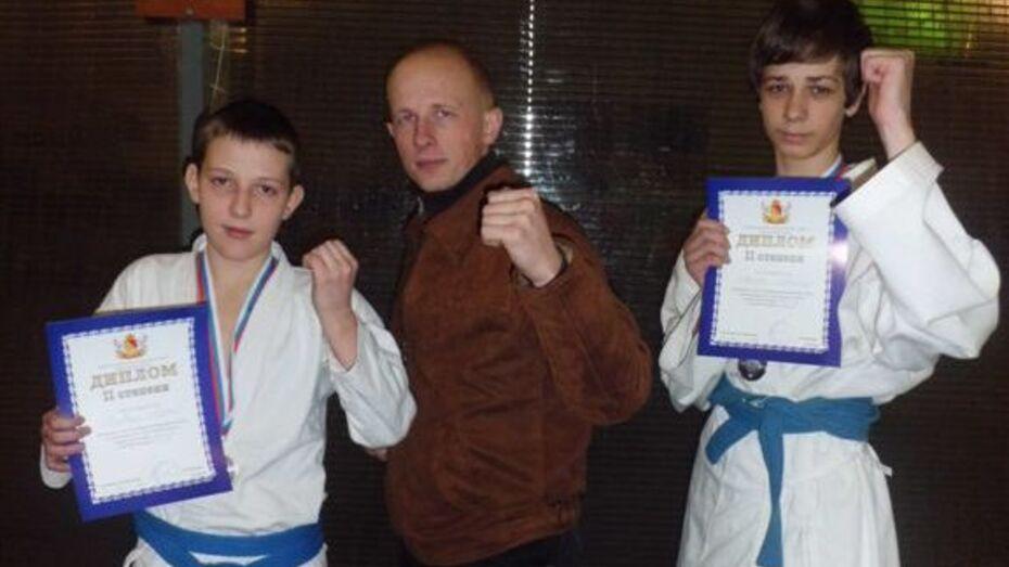 Хохольский лицеист завоевал серебро в областном первенстве по рукопашному бою