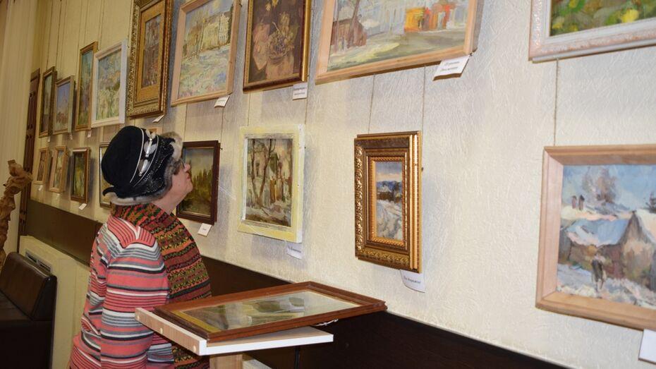В Борисоглебске открылась выставка местного художника «Очерки из прошлого»