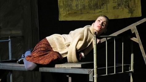 После показа «Фро» Сахалинского Чехов-центра на Платоновском фестивале спектакль прекратил свое существование