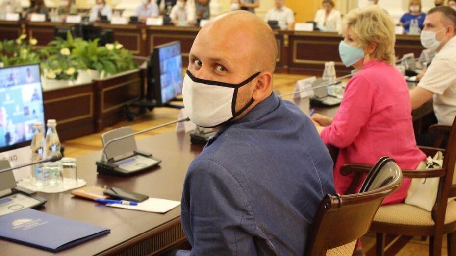 Воронежец Михаил Глущенко: «Переживаю за людей, которые со мной контактируют»