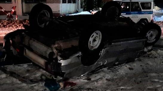 Компания молодых людей перевернулась на ВАЗ-2114 в Воронежской области: 3 погибли