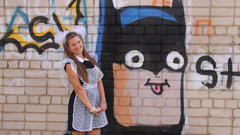 На улице Гагарина в Семилуках неизвестный граффитист нарисовал Бэтмена