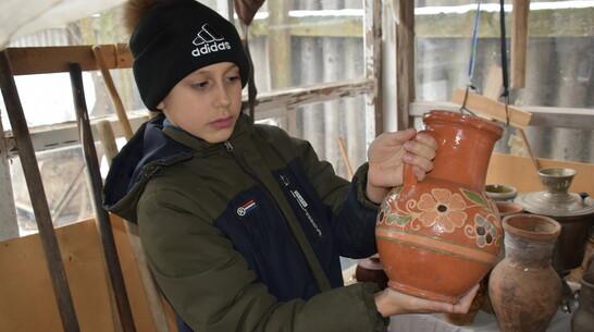 В Воронежской области 9-летний мальчик сделал дома музей крестьянского быта
