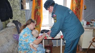 В 10 домах терновских многодетных семей установили дымовые датчики