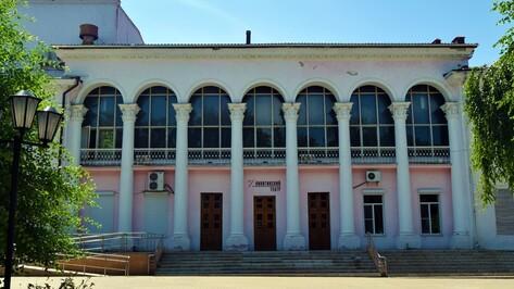 Воронежцы выберут новый спектакль для репертуара Никитинского театра