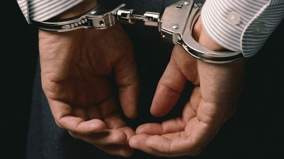 Начальник полицейского подразделения получил условный срок за избиение задержанных плеткой