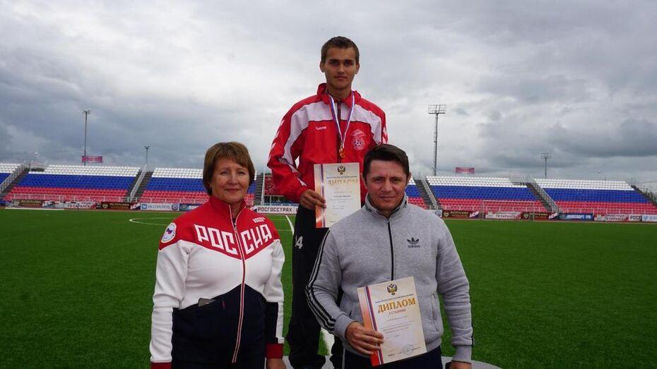 Новоусманец выиграл «золото» и «серебро» на первенстве по легкой атлетике