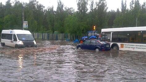 «Воды было по капот». Как затопило Воронеж