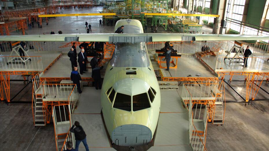 Воронежский авиазавод установил монокрыло на Ил-112В