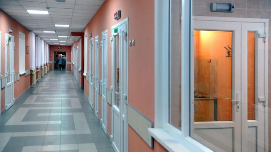 В стационаре Ольховатской районной больницы установят лифт