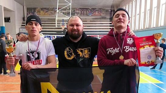 Семилукские боксеры привезли 2 золотые медали с чемпионата Липецкой области