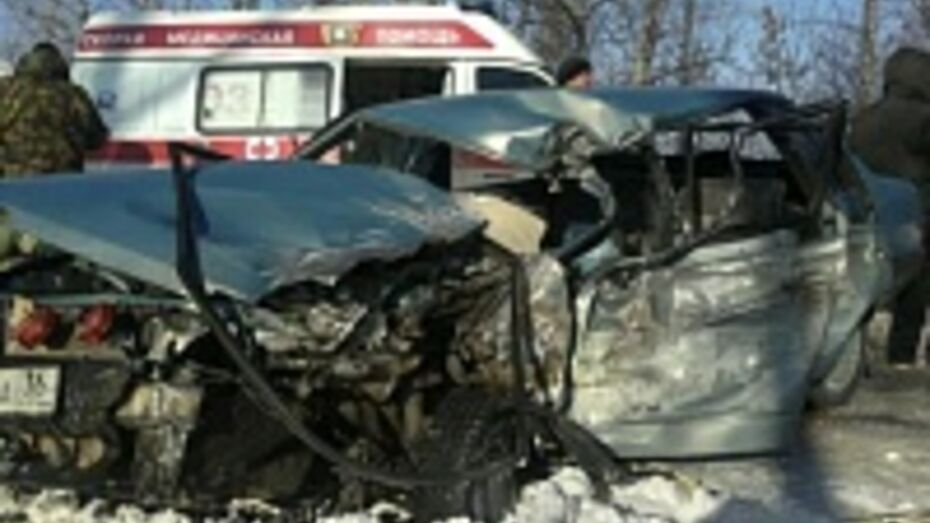 20-летний житель Новоусманского района погиб после ДТП с участием автобуса