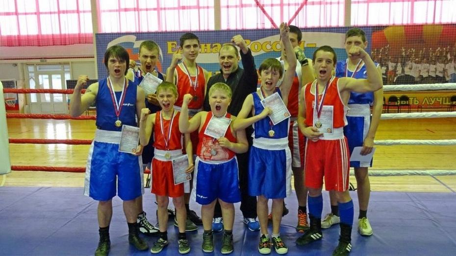 Грибановские боксеры получили 15 медалей на межрегиональном турнире