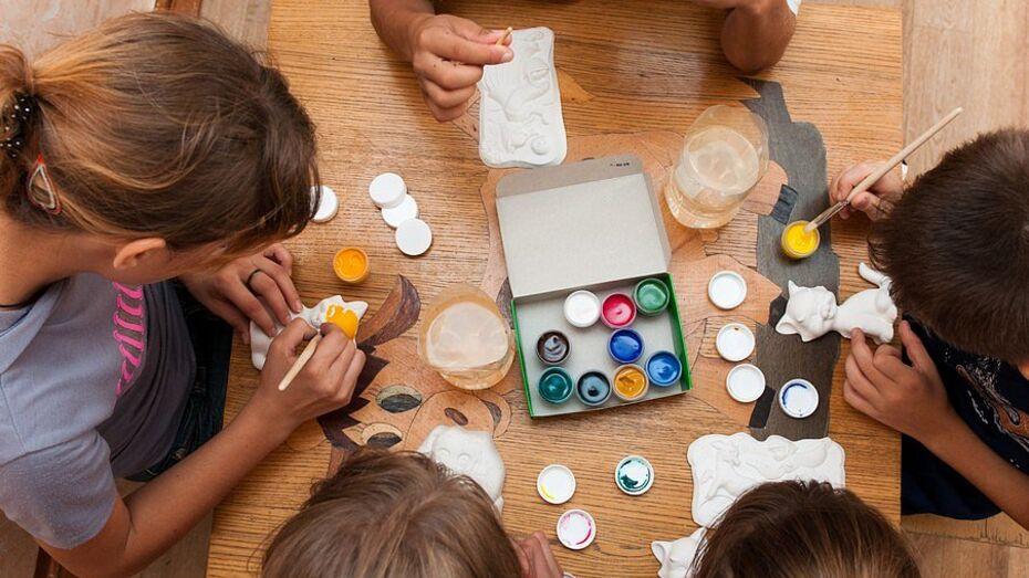 Нянь-волонтеров для детей-сирот пригласили поработать в воронежских больницах