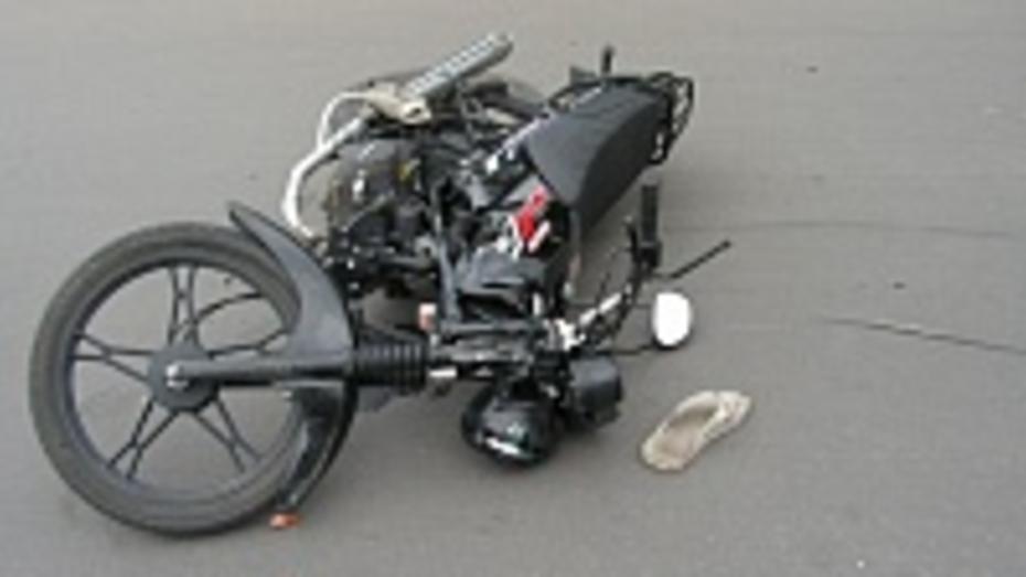 В Лискинском районе водитель «Жигулей» сбил скутериста