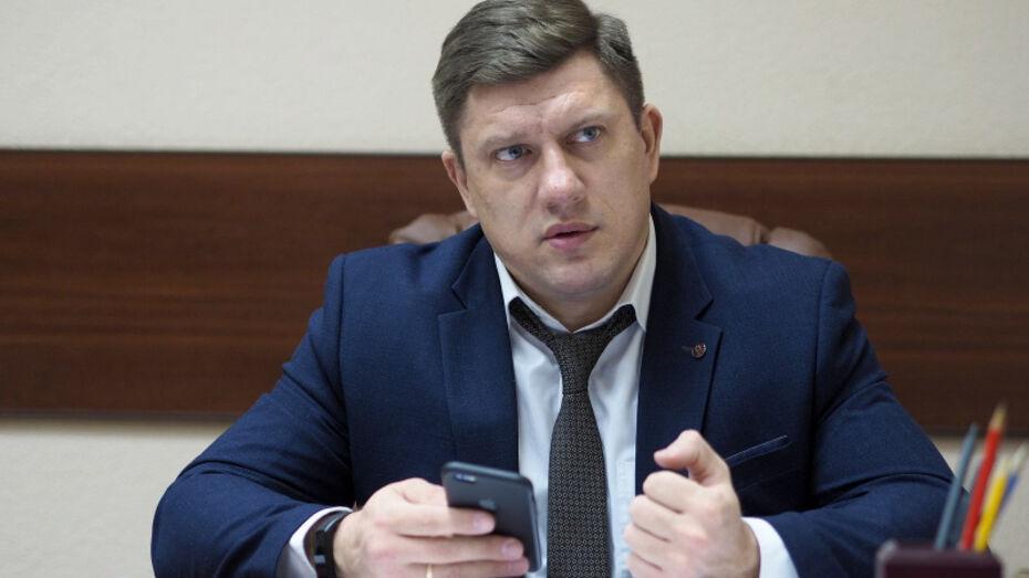 В Семилуках третий мэр подряд досрочно сложил полномочия