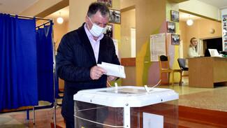 На выборах в Госдуму РФ проголосовал глава администрации Калачеевского района