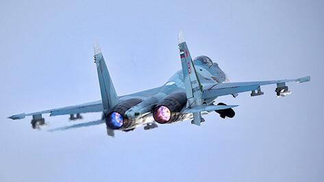 Воронежские пилоты отработали навыки воздушного боя над Ладогой