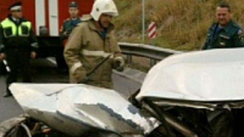 В Воронежской области водитель «ВАЗа» уснул и врезался в 2 машины