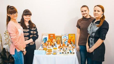 Семилукские школьники победили в региональном конкурсе детского рисунка