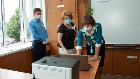 Воронежские чиновники опровергли слухи о принудительных прививках от COVID-19 учителям