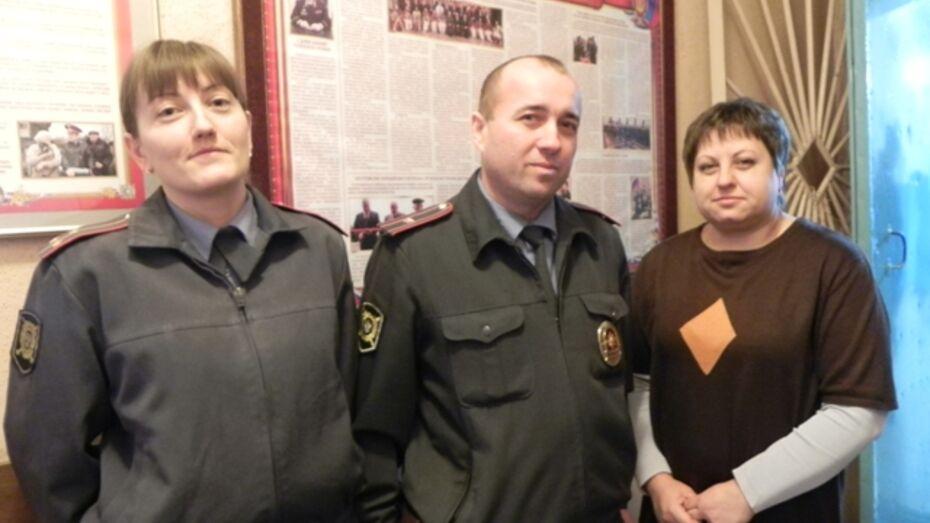 Кантемировские полицейские запели песни Надежды Кадышевой