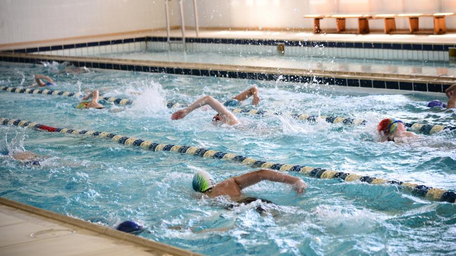 Почти половина жителей Воронежской области систематически занимается спортом
