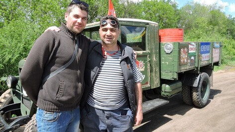 Камчатский журналист проехал через Кантемировку во время автопробега по городам-героям