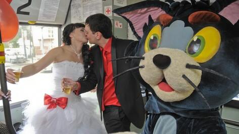 В Воронеже в пятницу 13-го сыграли свадьбу в стиле булгаковской «Мастера и Маргариты»