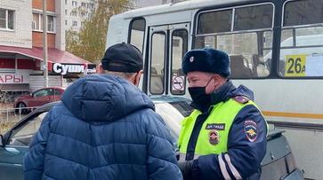 Водитель маршрутки без прав попался ГИБДД в Воронеже