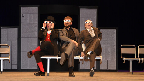 Воронежский «Театр равных» соединил в спектакле Гоголя, Шуфутинского и «Агату Кристи»