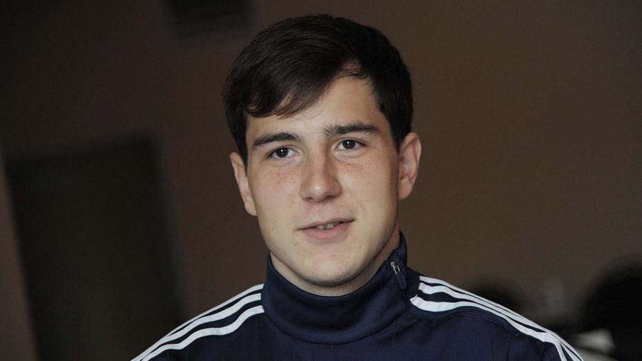 Игрок воронежского «Факела» Максим Осипенко: «Мне надо много работать»