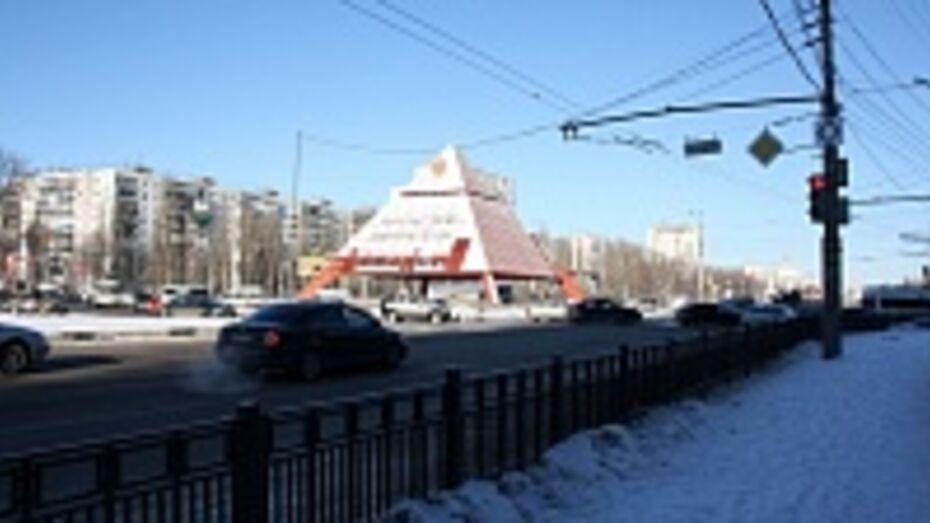 Воронежское управление ГИБДД проанализирует ситуацию возле Памятника Славы после окончания дорожного ремонта