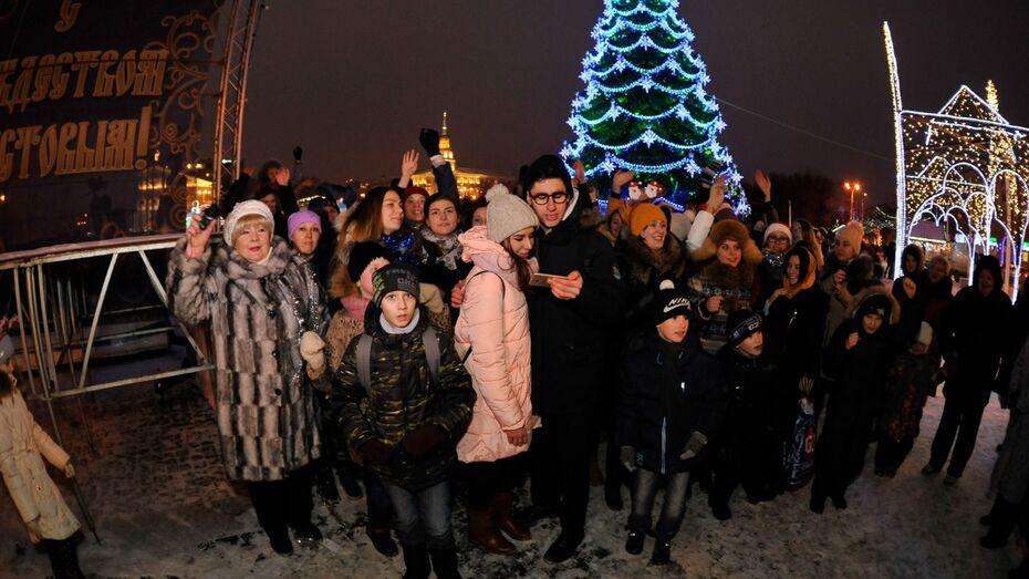 На съемки клипа к «Елкам 5» в Воронеже пришла Баба Яга