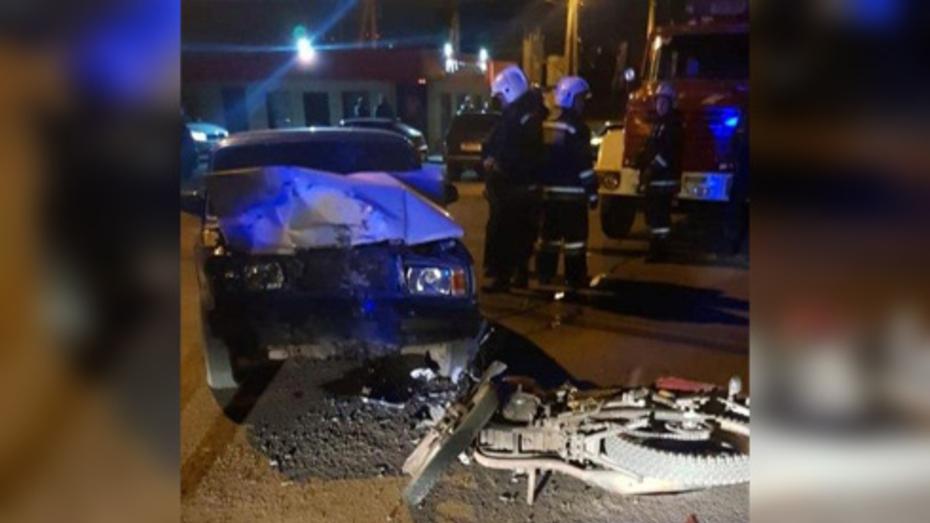 В Воронеже 15-летний подросток на «семерке» сбил насмерть 17-летнего мотоциклиста